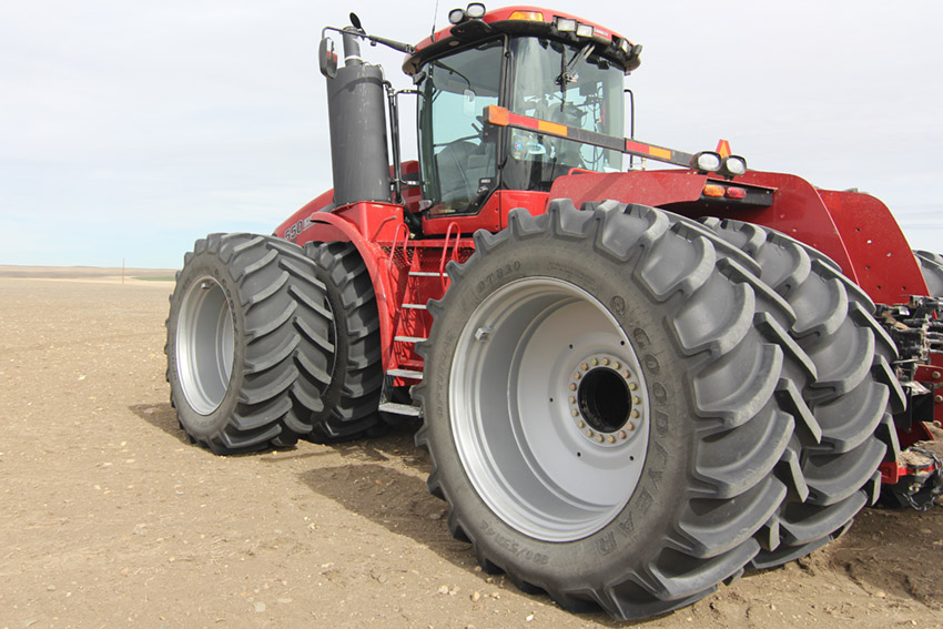 LSW TIRES ON A CASE STEIGER