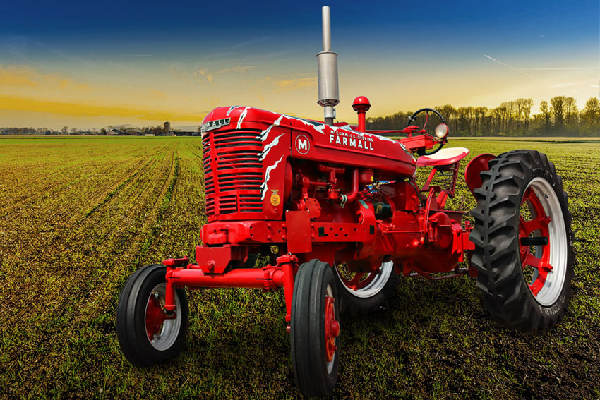 Titan Antique Farmall M